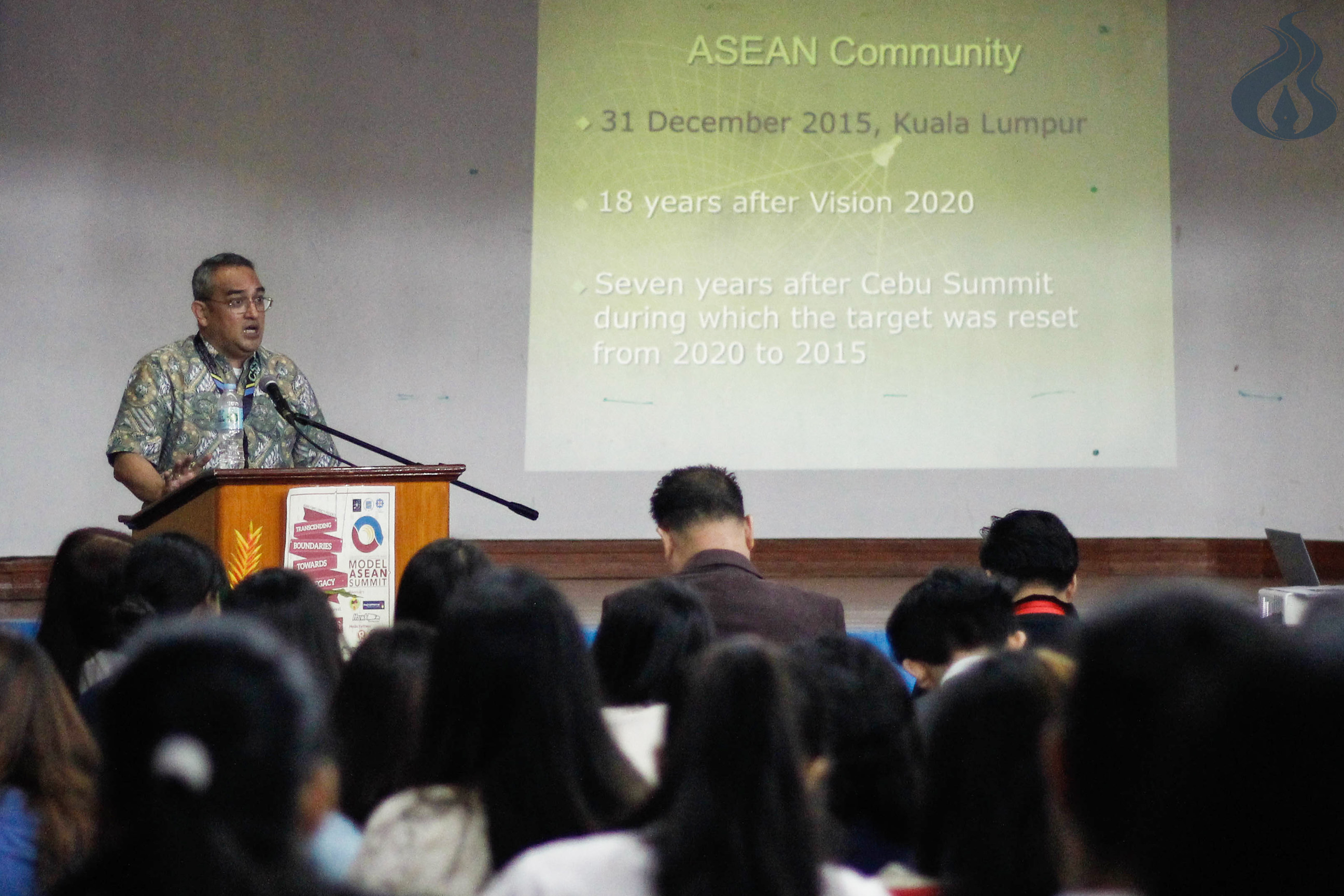 University studes learn diplomacy, int'l relations in 2nd Model ASEAN Summit