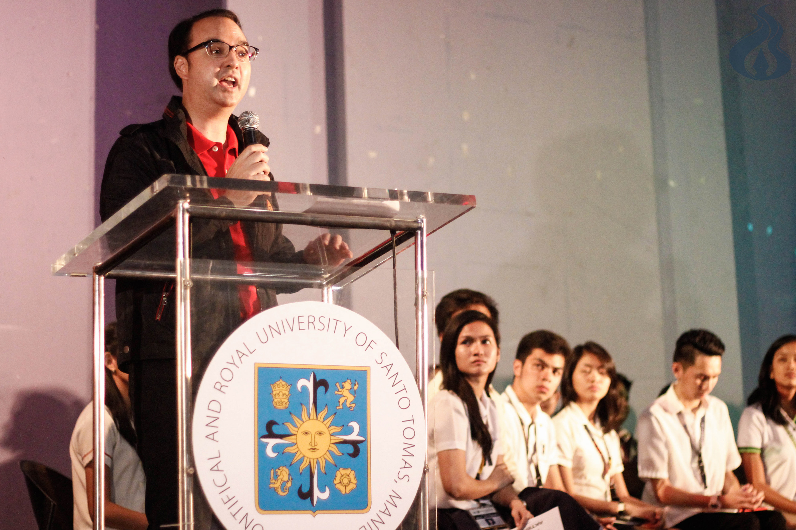 VP bet Cayetano bares platforms for 2016 polls, pushes for federalism; Duterte a no-show