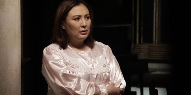 Ang Pamilyang Hindi Lumuluha: A Delightful Twist to a Lone Woman's Forlorn State