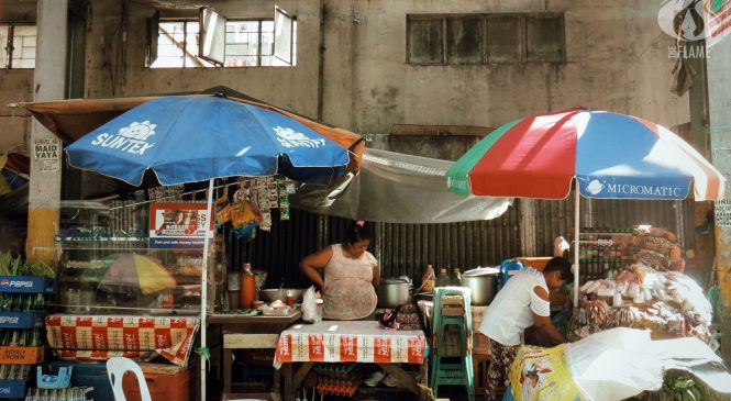 A Tale of Two Food Stalls